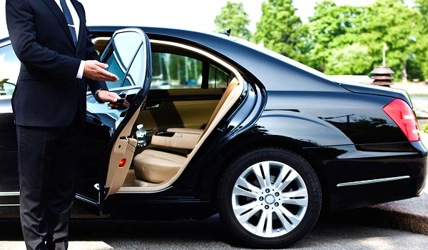 Airport / Airport Transfer / Airport Shuttle / Private Transfer