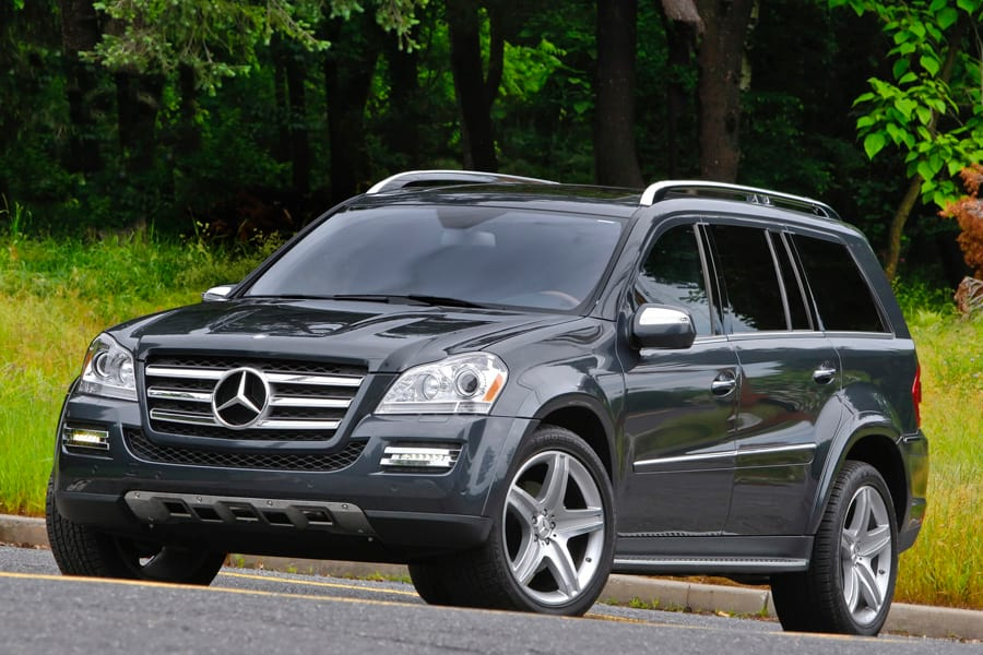 Mercedes Benz - Ace Charters Vancouver Tours Fleet - Vancouver Tour - Vancouver Tours - Vancouver City Tours